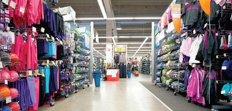 Bán quần áo online lấy hàng ở đâu