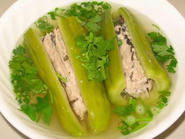 Các món ngon ngày tết dễ làm tại miền Nam - Canh khổ qua nhồi thịt