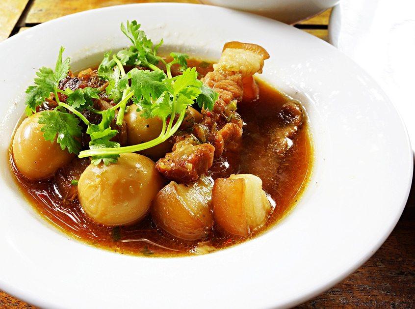 Các món ngon ngày tết dễ làm ở miền Nam- Thịt kho trứng