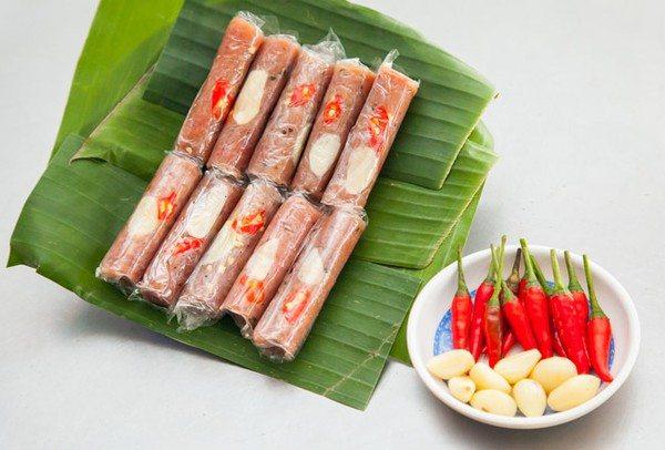 Các món ngon ngày tết dễ làm ở miền Trung- Nem chua