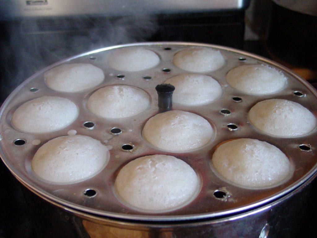 Cách làm bánh bò xốp nước cốt dừa hấp 4