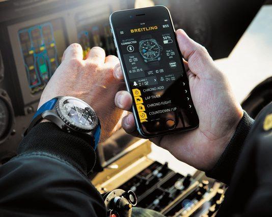 smartwatch tích hợp công nghệ cao