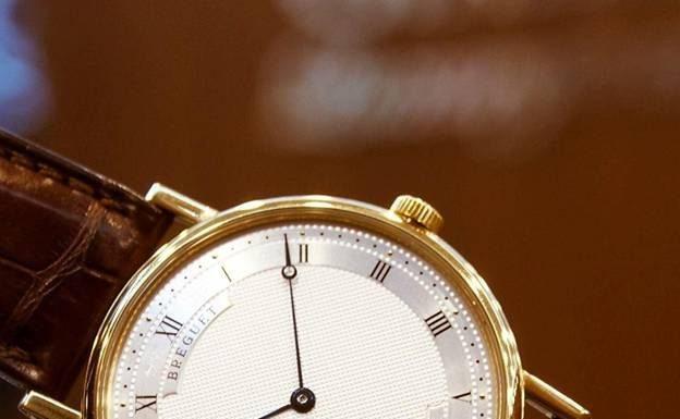 Đồng hồ Breguet Ultra Slim 5157.