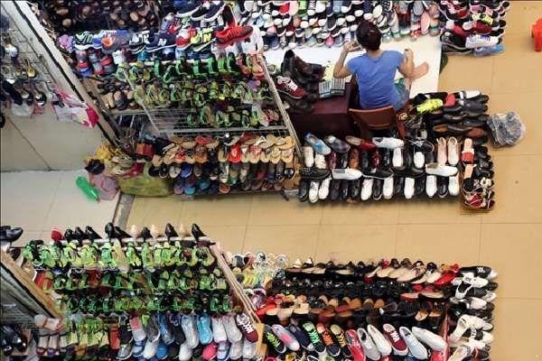 Nguồn hàng giày dép giá sỉ ở đâu