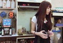 Nhân viên bán trà sữa xinh đẹp